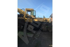 1974 Caterpillar 235LL  Log Crane