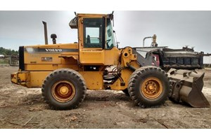 1998 Volvo L70C  Wheel Loader