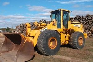 2000 John Deere 744H  Wheel Loader