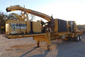 2011 Bandit 3090  Wood Chipper - Mobile