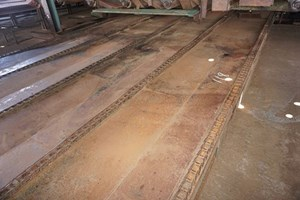 Unknown 27ft x 12 1/2ft 5 Strand  Conveyors Board Dealing
