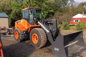2019 Doosan DL220-5  Wheel Loader