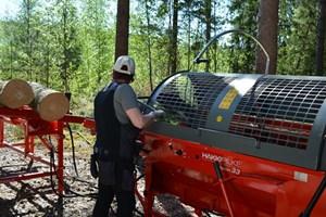 Hakki Pilke Raven 33  Firewood Processor