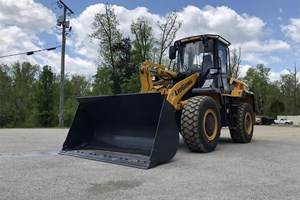 2019 LiuGong 835H  Wheel Loader