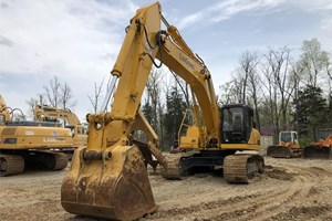 2014 LiuGong CLG936D  Excavator
