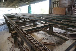Unknown 71ft  Conveyors Board Dealing