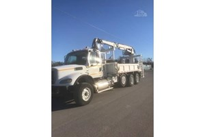 2008 Freightliner BUSINESS CLASS M2 112V  Trucks-Other